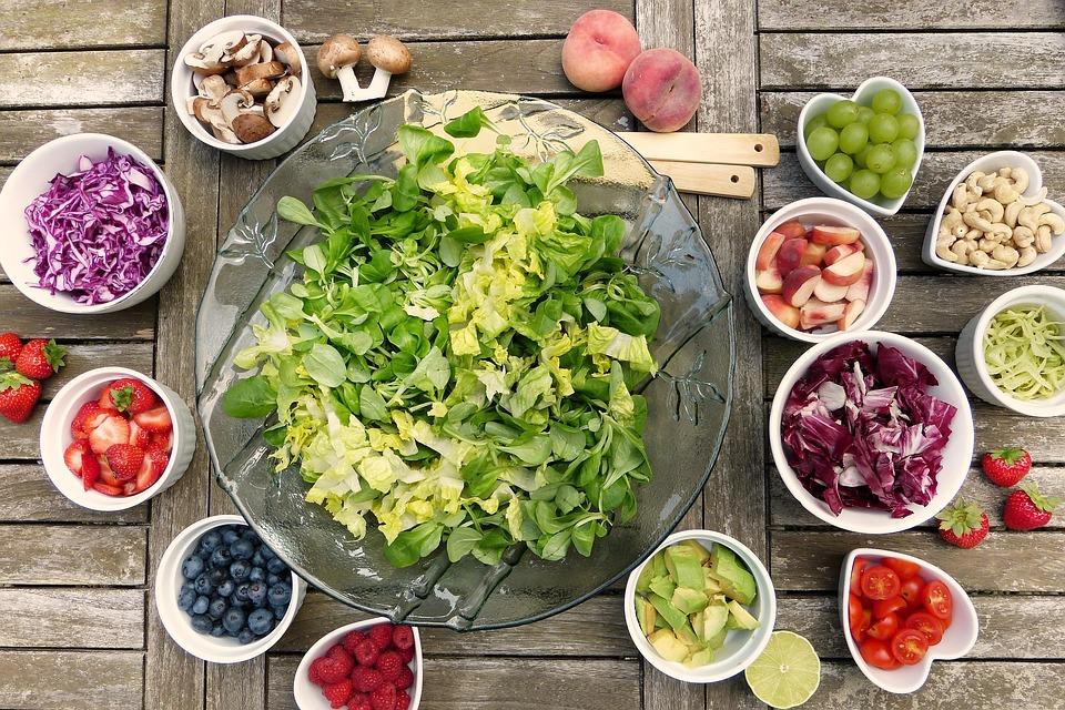 dieta con ortodoncia: alimentos troceados y dieta variada