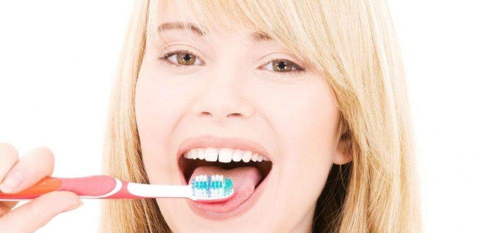 cepillo-dientes-lengua